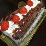 結婚記念日とロールケーキと