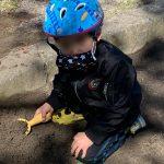 砂場と手作り布マスクと